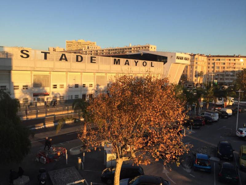 Face au Stade Mayol !