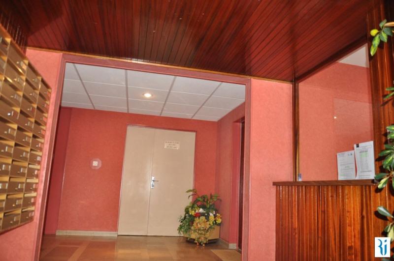 vente appartement 2 pi ces sotteville l s rouen appartement f2 t2 2 pi ces 52m 83000. Black Bedroom Furniture Sets. Home Design Ideas