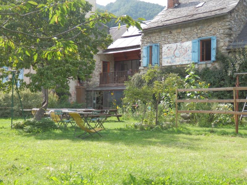 Gîte la Colline Verte dans le Parc Naturel Régional  Pyrénées Ariégeoises - Ustou
