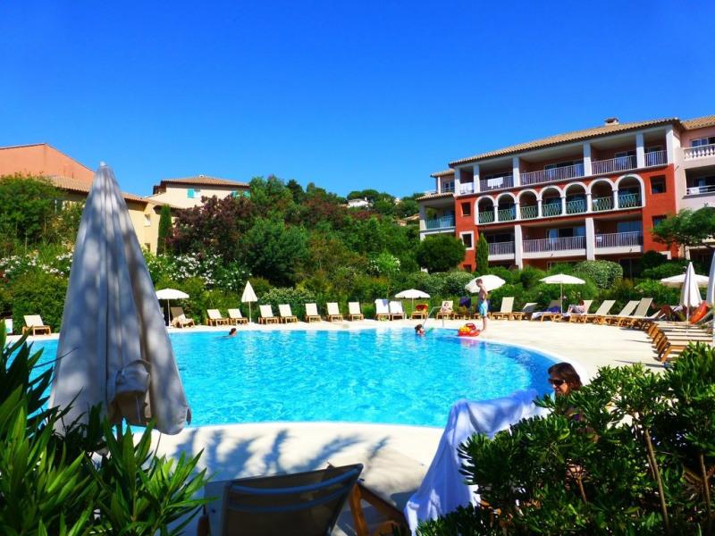 (les issambres)  Appartement Résidence Pierre et Vacances Les Calanques 4* bord de mer - Thalasso