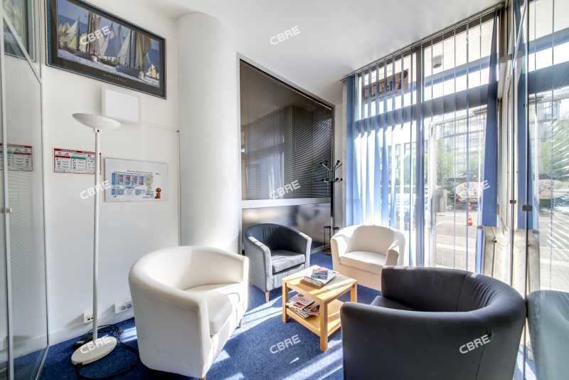 vente bureau la garenne colombes zac de charlebourg 92250 bureau la garenne colombes zac. Black Bedroom Furniture Sets. Home Design Ideas