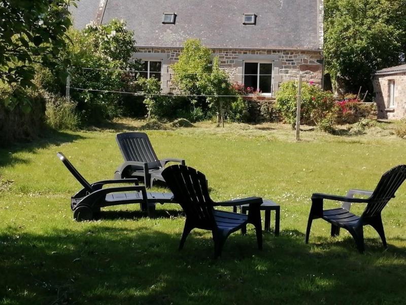 Location vacances Plougrescant -  Maison - 4 personnes - Barbecue - Photo N° 1