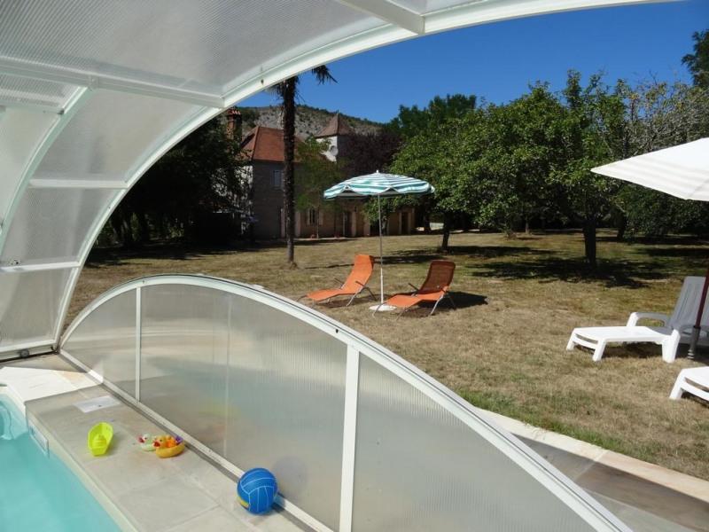 pour 5 pers. avec piscine privée, Lacave