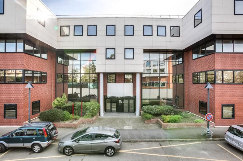 Location bureau le pecq yvelines 78 2913 m² u2013 référence n° 16013517l