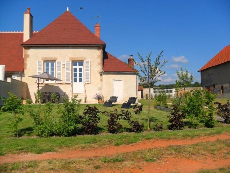 Location vacances Châtel-de-Neuvre -  Maison - 6 personnes - Barbecue - Photo N° 1