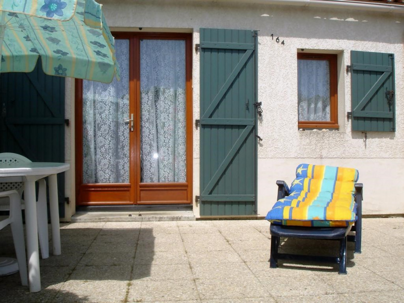 Location vacances Saint-Palais-sur-Mer -  Maison - 4 personnes - Salon de jardin - Photo N° 1