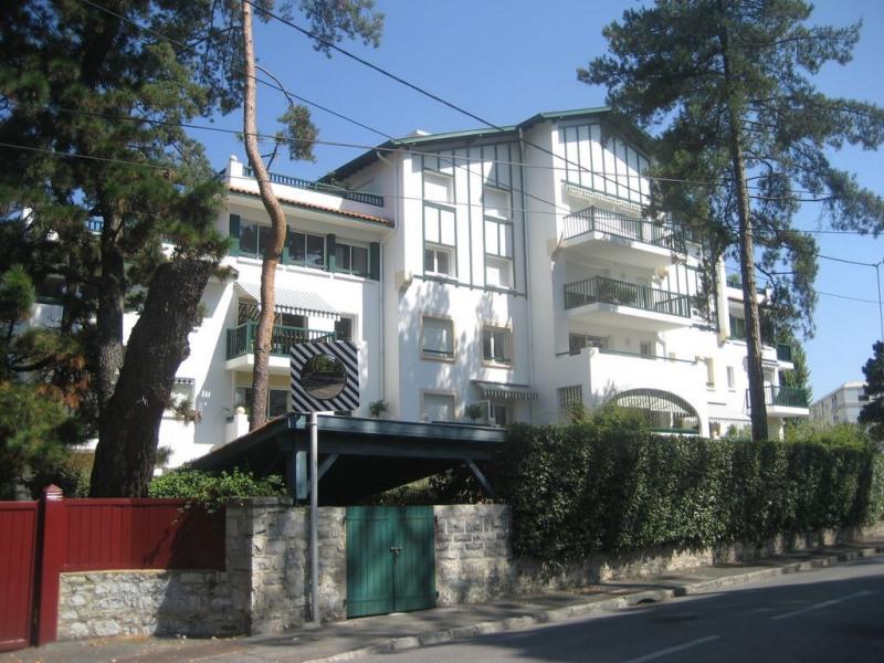 Biarritz centre appartement calme résidence de standing, parking privé, 4 pers.