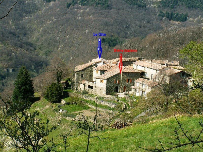Le hameau du Monteil à Laboule