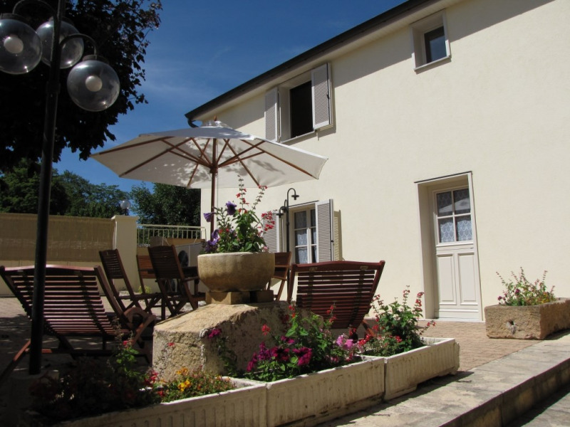 Location vacances Couchey -  Gite - 5 personnes - Barbecue - Photo N° 1