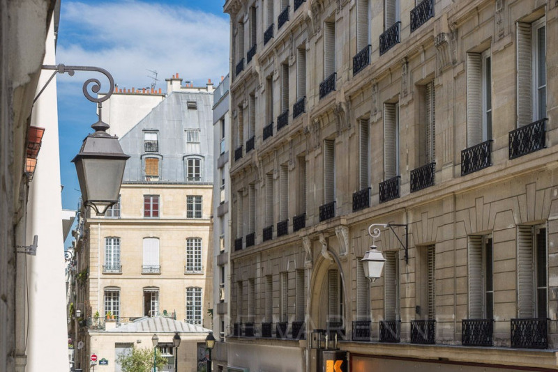 Vente de prestige Local 164m² Paris 2ème