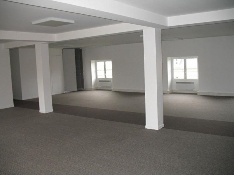 location bureau saint germain en laye yvelines 78 130 m r f rence n 2419. Black Bedroom Furniture Sets. Home Design Ideas