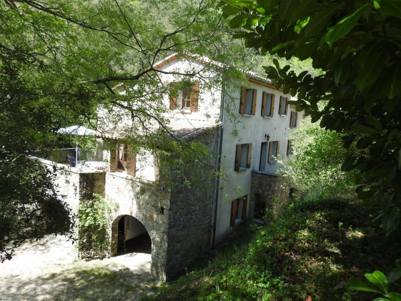 hütte de vacances à Saint-Martial, en Languedoc-Roussillon ...