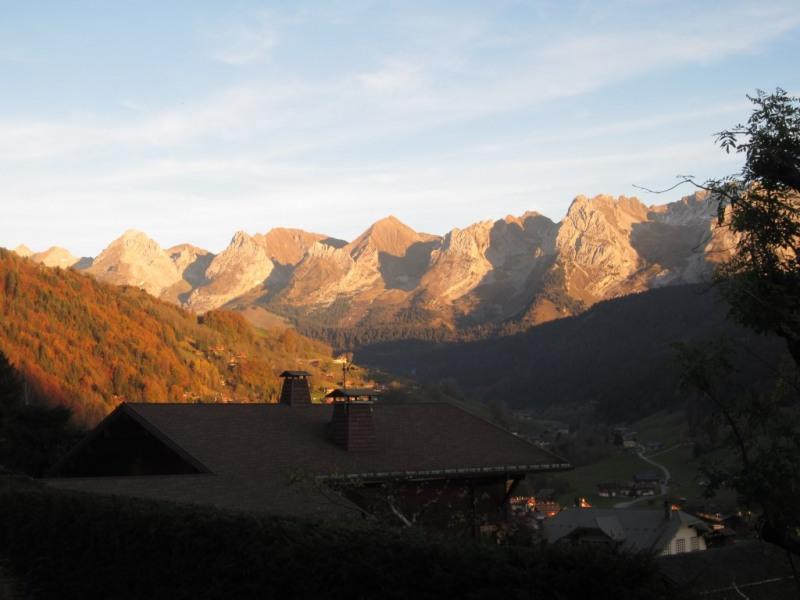 Aravis - Vue d'automne depuis terrasse