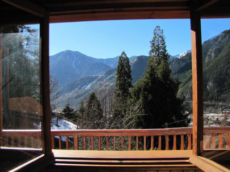 Vue de la chambre 3 sur le village et les montagnes