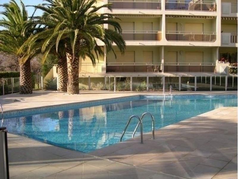 Location vacances Sainte-Maxime -  Appartement - 4 personnes - Jardin - Photo N° 1