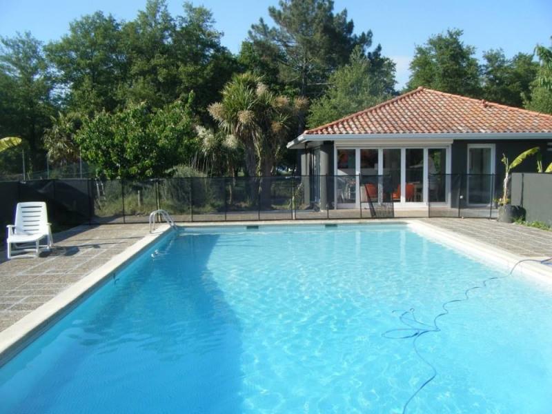 Maison avec piscine vue Lac de Soustons proximité mer, internet wifi, clim