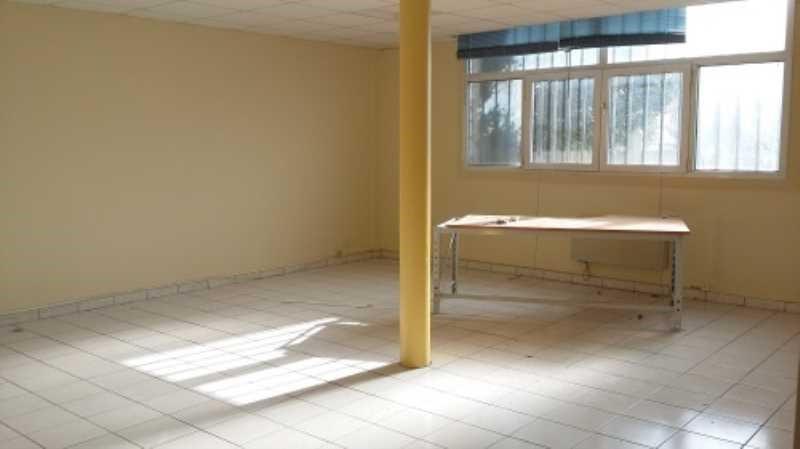 location bureau brie comte robert seine et marne 77 290. Black Bedroom Furniture Sets. Home Design Ideas