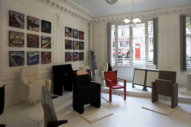 location bureau paris 7 me 75007 bureau paris 7 me. Black Bedroom Furniture Sets. Home Design Ideas