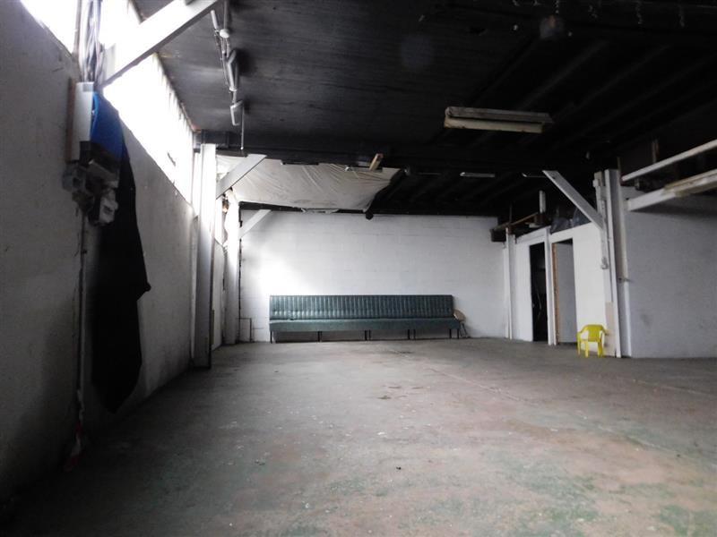 location bureau paris 20 me paris 75 426 m r f rence n wi p29450l. Black Bedroom Furniture Sets. Home Design Ideas