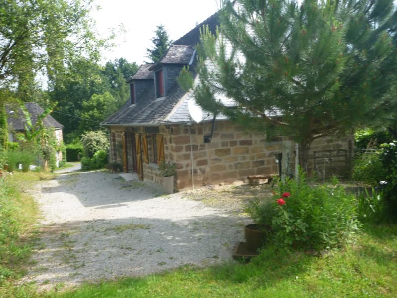 Location vacances Objat -  Maison - 6 personnes - Barbecue - Photo N° 1