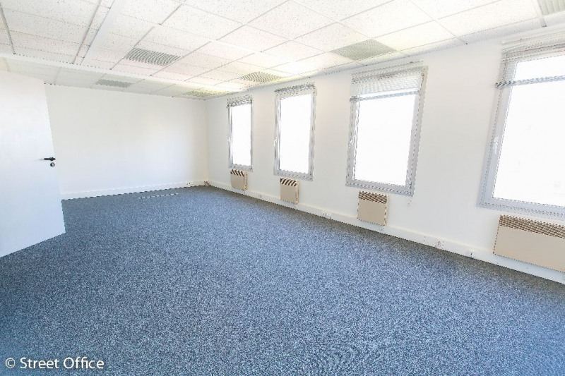 location bureau suresnes hauts de seine 92 231 m r f rence n 3999. Black Bedroom Furniture Sets. Home Design Ideas
