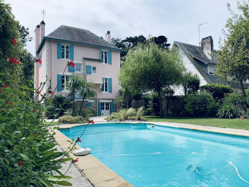 La Baule, VILLA à 50 M de la Plage Benoît - 6 chambres - piscine chauffée - jardin clos - parking.