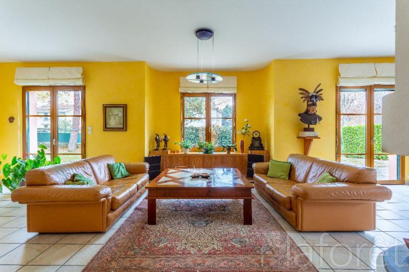 vente maison et villa de luxe lyon 3 me maison et villa de luxe 254m 1350000. Black Bedroom Furniture Sets. Home Design Ideas