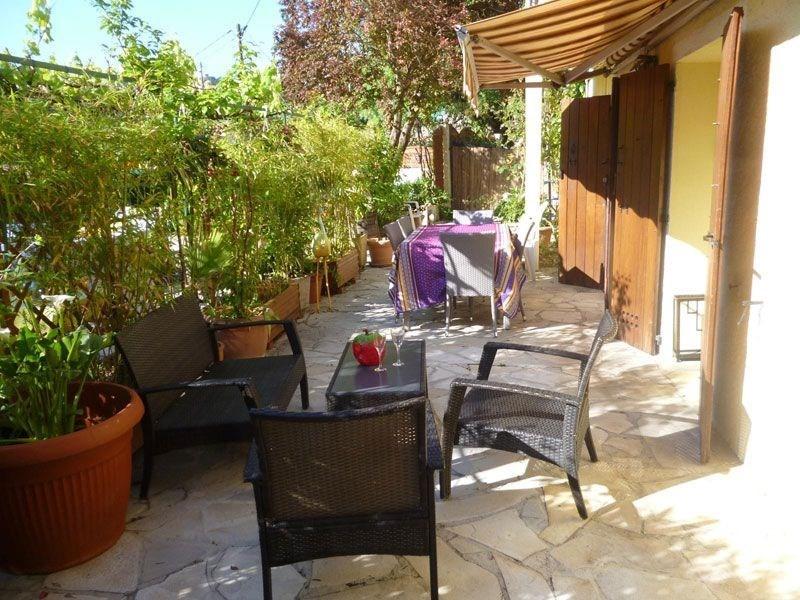Location vacances Cantaron -  Gite - 2 personnes - Barbecue - Photo N° 1