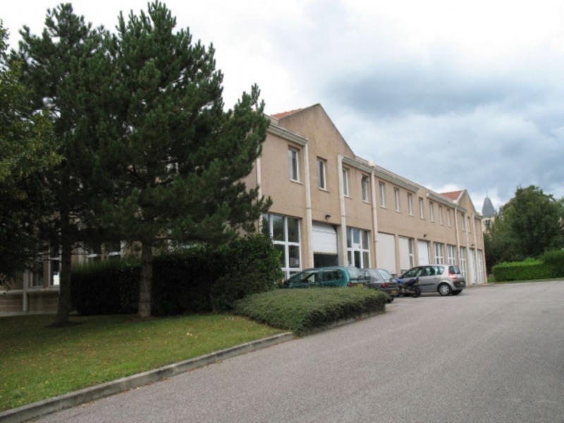 Location Local d'activités / Entrepôt Saint-Nom-la-Bretèche