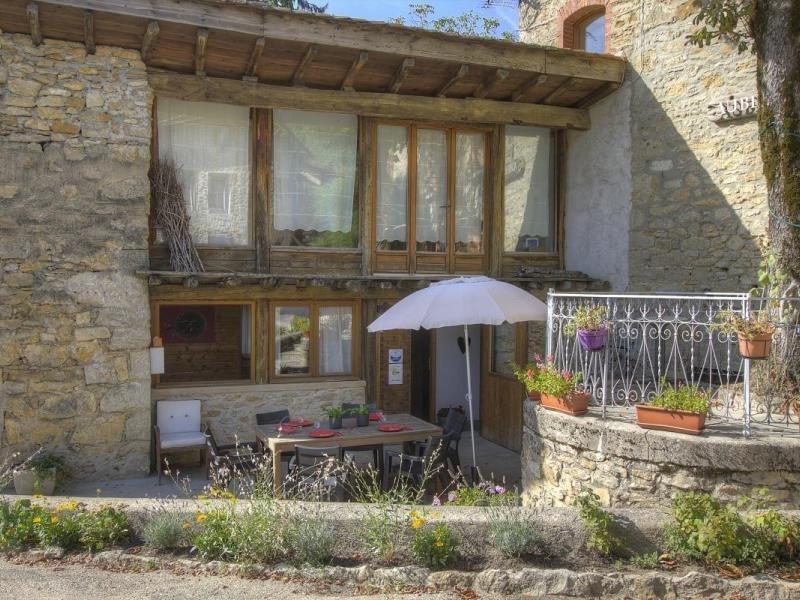Location vacances Ambérieu-en-Bugey -  Maison - 6 personnes - Barbecue - Photo N° 1