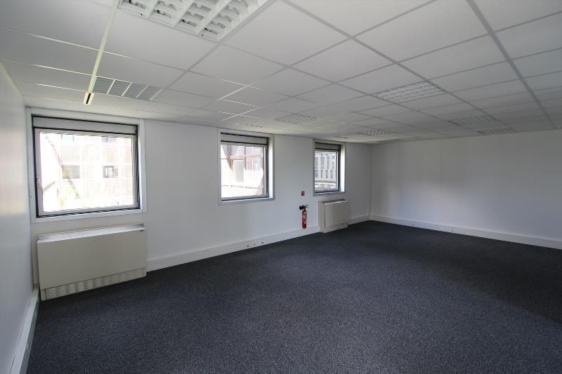 location bureau noisy le grand 93160 bureau noisy le grand de 130 m ref 93 0917. Black Bedroom Furniture Sets. Home Design Ideas
