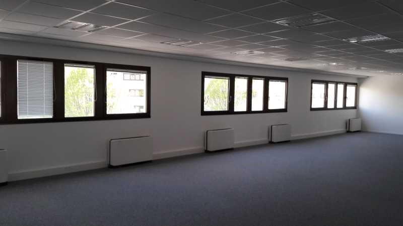 location bureau rungis val de marne 94 165 m r f rence n 649738w. Black Bedroom Furniture Sets. Home Design Ideas