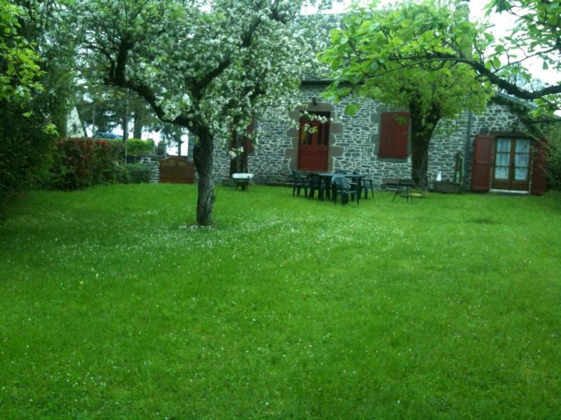 Location vacances Drugeac -  Maison - 6 personnes - Barbecue - Photo N° 1
