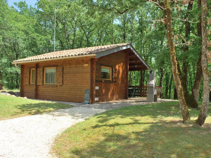 Location chalets en Dordogne au calme et dans un cadre exceptionnel