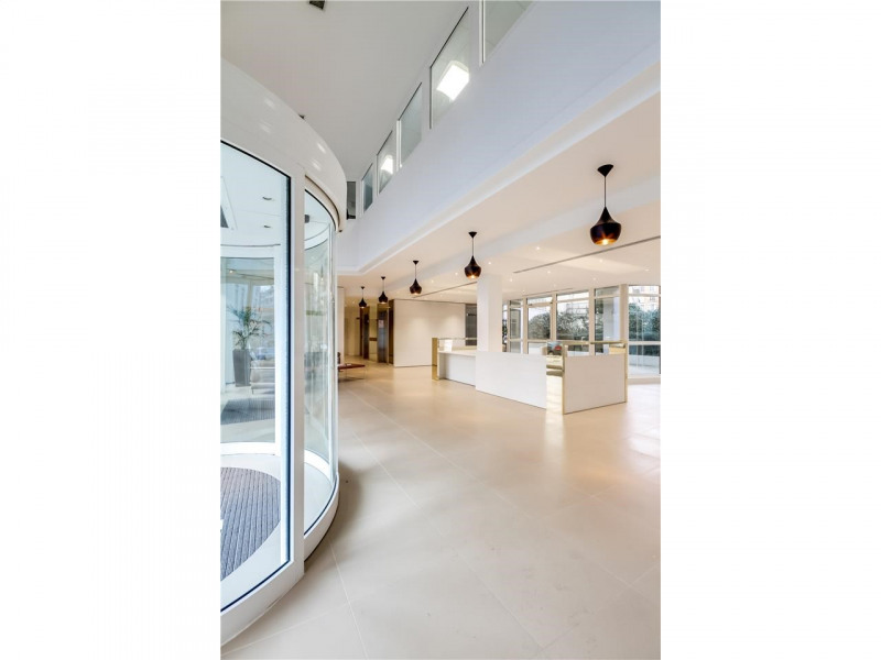 location bureau issy les moulineaux hauts de seine 92 1221 m r f rence n 13014127l. Black Bedroom Furniture Sets. Home Design Ideas