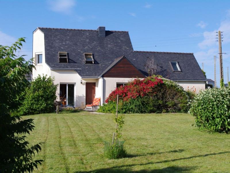 Location maison avec grand jardin pour des vacances au calme à proximité de la mer pour 5 personnes