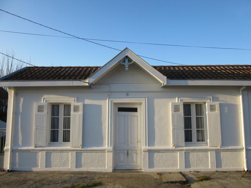Maison  pour 4 à  6 personne(s)