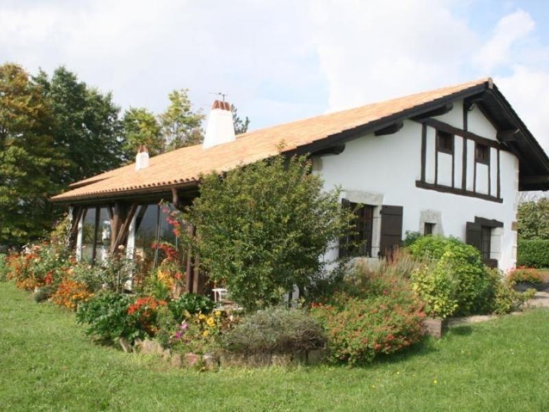 Location vacances Irissarry -  Maison - 6 personnes - Barbecue - Photo N° 1