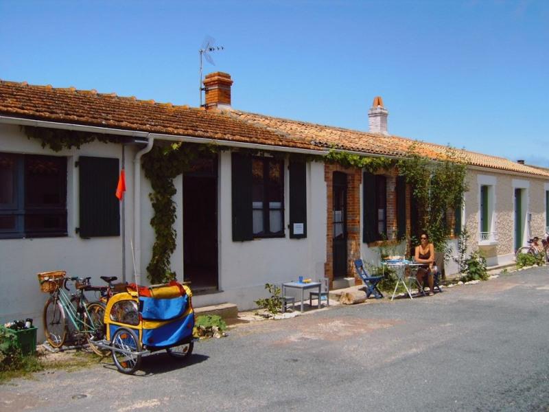 Maison au cœur de l île d Aix, proche océan, 2 chambres, 6 couchages