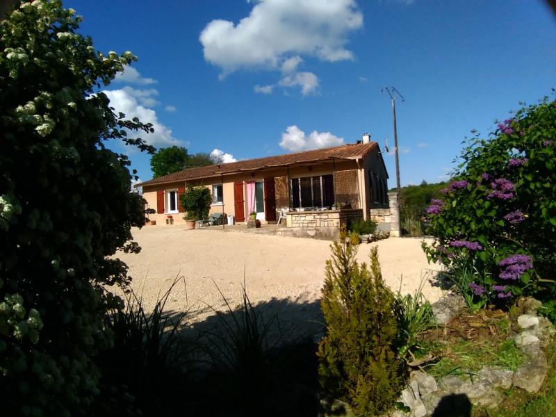 Location vacances La Coquille -  Maison - 8 personnes - Barbecue - Photo N° 1