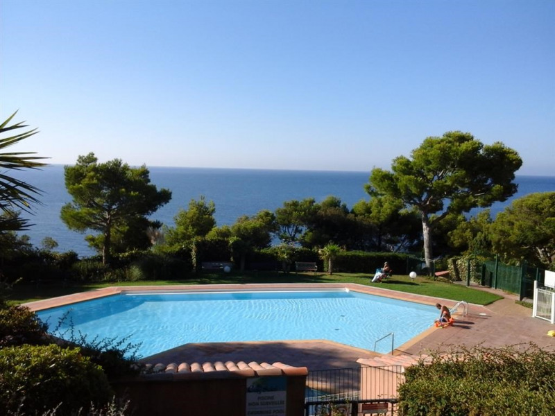 Location vacances Saint-Mandrier-sur-Mer -  Appartement - 4 personnes - Court de tennis - Photo N° 1