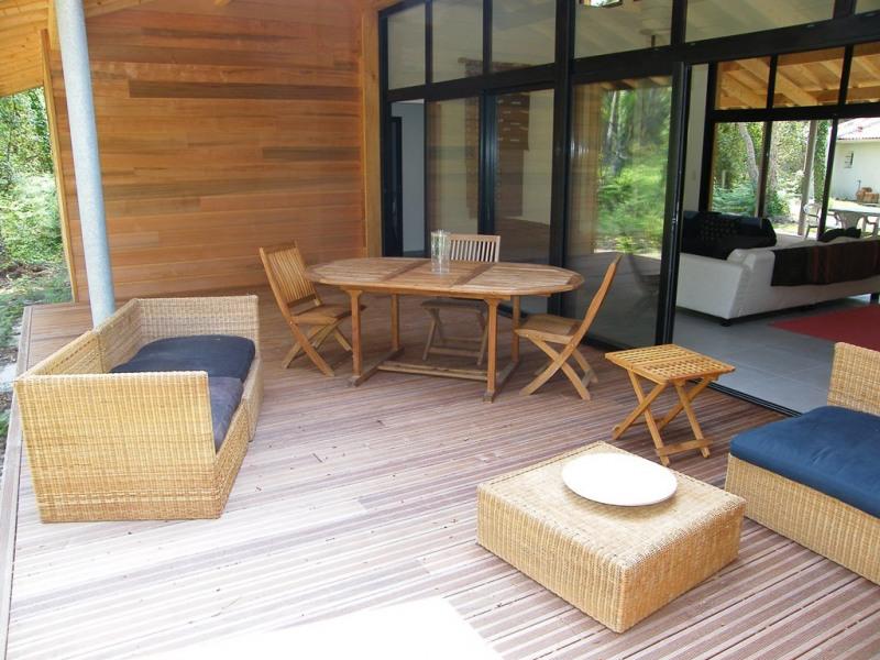 Villa contemporaine pour 10 personnes à 900m du lac marin