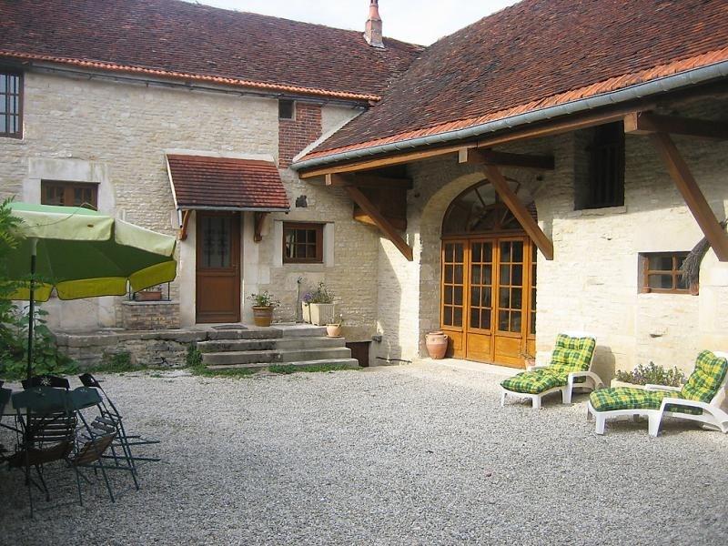 Location vacances Arthonnay -  Maison - 9 personnes - Jardin - Photo N° 1