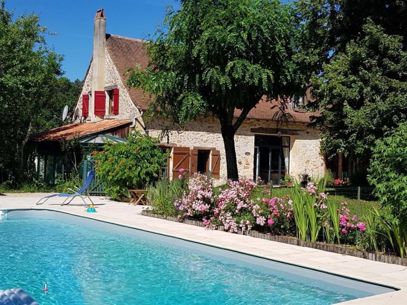 la piscine privée de 5 x 10 m clôturée