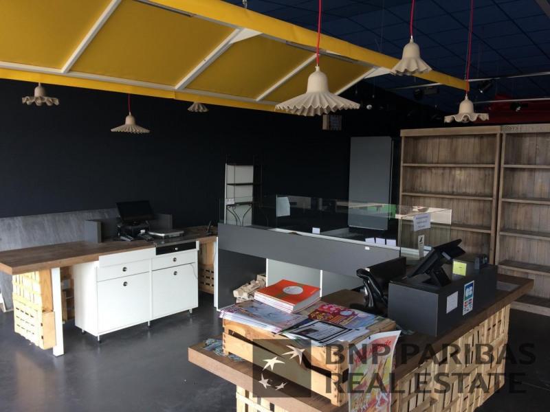 location local d 39 activit s villefranche sur sa ne rh ne 69 520 m r f rence n 17100196l. Black Bedroom Furniture Sets. Home Design Ideas
