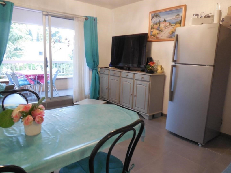 Location vacances Cavalaire-sur-Mer -  Appartement - 4 personnes - Barbecue - Photo N° 1