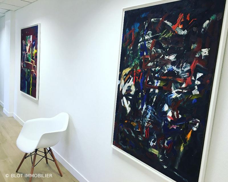 location bureau lab ge 31670 bureau lab ge de 15 m. Black Bedroom Furniture Sets. Home Design Ideas