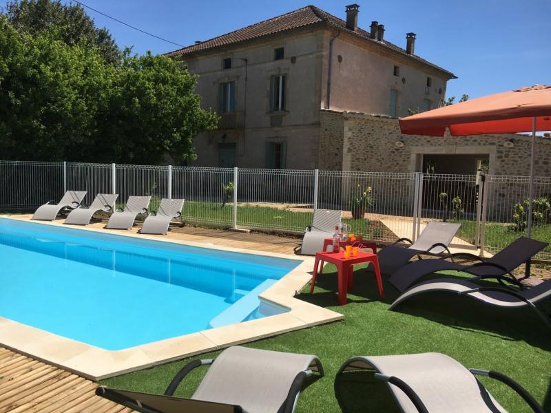Gîte 22 personnes,  grand séjour, 10 chambres, terrasse, piscine, idéal pour réunion de famille o...