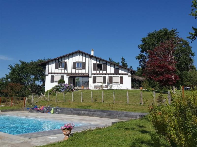 Location vacances Saint-Pée-sur-Nivelle -  Maison - 10 personnes - Jardin - Photo N° 1