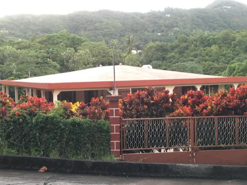 Location vacances Le Marin -  Appartement - 5 personnes - Salon de jardin - Photo N° 1